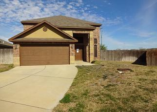 Foreclosed Home in Laredo 78046 ARMANDO PENA DR - Property ID: 4442785157