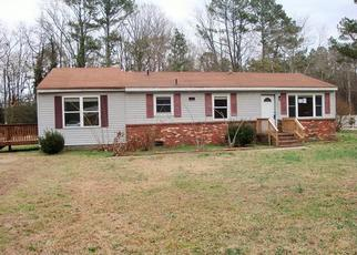 Foreclosed Home in Windsor 23487 ORBIT RD - Property ID: 4442799622