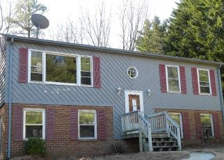 Foreclosed Home in Lynchburg 24503 HOLIDAY BOB CT - Property ID: 4442805312