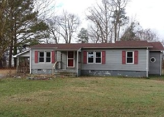Foreclosed Home in Windsor 23487 BEALE PLACE DR - Property ID: 4442806185