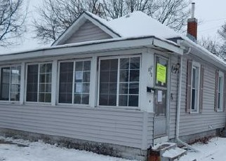 Foreclosed Home in La Crosse 54603 ISLAND ST - Property ID: 4442828975
