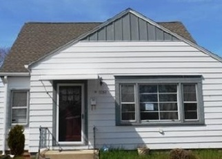 Foreclosed Home in Cudahy 53110 E ADAMS AVE - Property ID: 4442834662