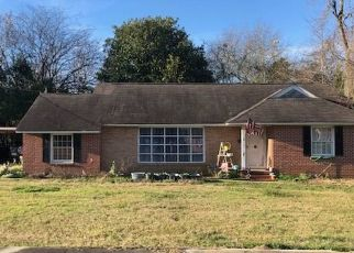 Foreclosed Home in Cochran 31014 1ST ST - Property ID: 4442855684