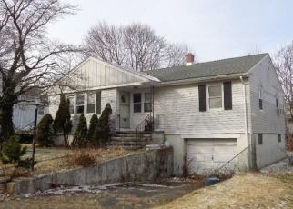 Foreclosed Home in East Haven 06512 BOSTON AVE - Property ID: 4442883723