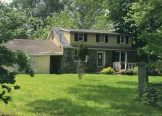Foreclosed Home in Caldwell 07006 CENTRAL AVE - Property ID: 4442902547
