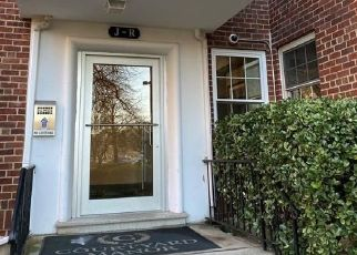 Foreclosed Home in New Rochelle 10805 PELHAM RD - Property ID: 4442925766