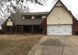 Foreclosed Home in Muskogee 74403 PHOENIX VILLAGE RD - Property ID: 4442953795