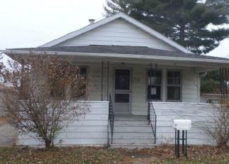 Foreclosed Home in Mount Clemens 48043 ELIZABETH ST - Property ID: 4442971300