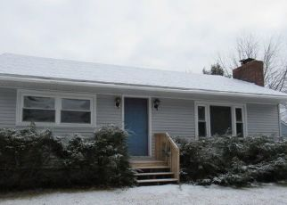 Foreclosed Home in Augusta 04330 WINDY ST - Property ID: 4443039629