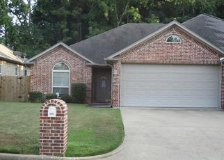Foreclosed Home in Kilgore 75662 ROCKBROOK DR - Property ID: 4443054974