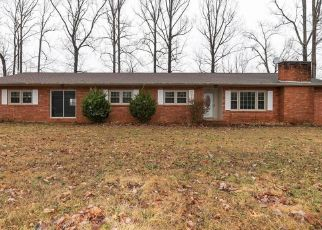 Foreclosed Home in Wilkesboro 28697 JESSIE REINS RD - Property ID: 4443094375