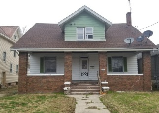 Foreclosed Home in Peoria 61604 W MCCLURE AVE - Property ID: 4443117588