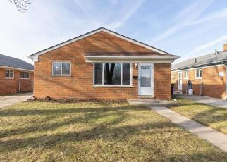 Foreclosed Home in Taylor 48180 OAK ST - Property ID: 4443122405
