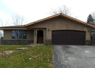 Foreclosed Home in Waukesha 53189 FOX RIVER PKWY - Property ID: 4443153505