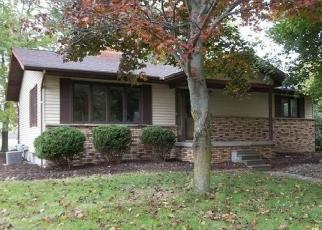 Foreclosed Home in Kawkawlin 48631 9 MILE RD - Property ID: 4443307675