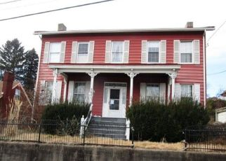 Foreclosed Home in Pittsburgh 15212 ELMHURST AVE - Property ID: 4443348849