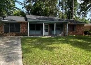 Foreclosed Home in Brunswick 31525 MCDOWELL AVE - Property ID: 4443359349