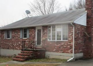 Foreclosed Home in Rosedale 21237 LANCELOT DR - Property ID: 4443363739