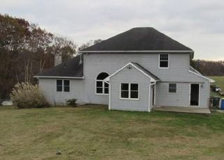 Foreclosed Home in Dallastown 17313 BLYMIRE RD - Property ID: 4443423742