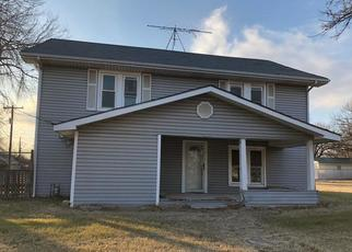Foreclosed Home in Henrietta 76365 N BRIDGE ST - Property ID: 4443463142