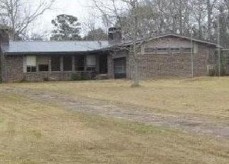 Foreclosed Home in Grand Bay 36541 STRICKLAND RD - Property ID: 4443478486
