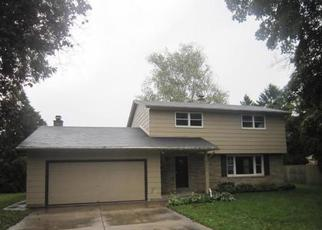 Foreclosed Home in Racine 53402 N SAINT CLAIR ST - Property ID: 4443494241