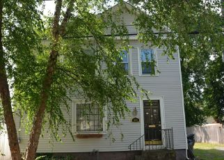 Foreclosed Home in Providence 02905 MONTGOMERY AVE - Property ID: 4443522724