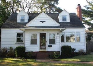 Foreclosed Home in Portsmouth 23704 CHESAPEAKE AVE - Property ID: 4443524470