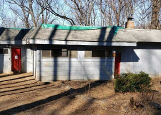 Foreclosed Home in Harpers Ferry 25425 LOCUST DR - Property ID: 4443588858