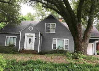 Foreclosed Home in Tyler 75701 W CAMELLIA ST - Property ID: 4443591927