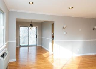 Foreclosed Home in Bridgeport 06606 KENNEDY DR - Property ID: 4443696146