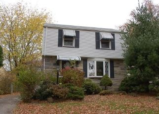 Foreclosed Home in Cleveland 44128 TALFORD AVE - Property ID: 4443736447