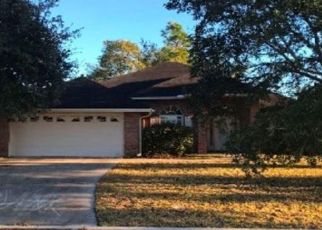 Foreclosed Home in Jacksonville 32225 ARROWLEAF LN - Property ID: 4443817923