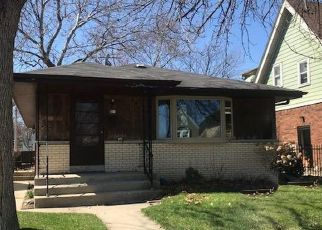 Foreclosed Home in Milwaukee 53214 S 92ND ST - Property ID: 4443846375