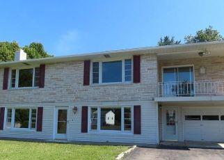 Foreclosed Home in Auburn 13021 OAK ST - Property ID: 4443957631