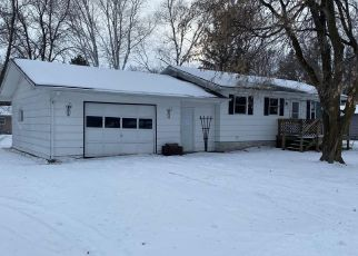 Foreclosed Home in Newfolden 56738 E NELSON AVE - Property ID: 4444022443