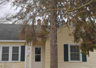 Foreclosed Home in Saginaw 48601 S 16TH ST - Property ID: 4444026831