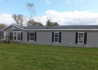 Foreclosed Home in Saint Johns 48879 CROSWELL RD - Property ID: 4444035133