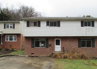Foreclosed Home in Huntington 25701 MALLORY CT - Property ID: 4444061872