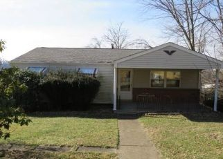 Foreclosed Home in North Versailles 15137 TAYLOR ST - Property ID: 4444085965