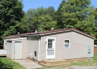 Foreclosed Home in Bruceton Mills 26525 ACRES OF WHITETAIL DR - Property ID: 4444099981
