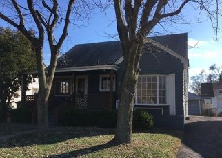 Foreclosed Home in Dayton 45449 MARCY RD - Property ID: 4444105213