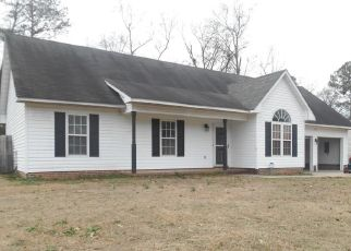 Foreclosed Home in Spring Lake 28390 ROCK HARBOR LN - Property ID: 4444124491