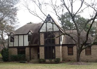 Foreclosed Home in Columbia 29206 GREENWAY DR - Property ID: 4444127110