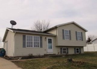 Foreclosed Home in Dover 17315 VILLAGE SQUARE DR - Property ID: 4444191503