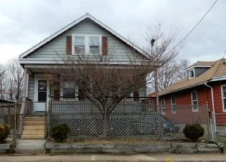 Foreclosed Home in Trenton 08638 HAZEL AVE - Property ID: 4444194123