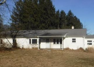 Foreclosed Home in Coopersburg 18036 FLINT HILL RD - Property ID: 4444211654