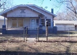 Foreclosed Home in Marlow 73055 N 2ND ST - Property ID: 4444229613