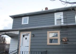 Foreclosed Home in West Warwick 02893 WINTHROP AVE - Property ID: 4444233101