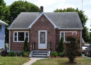 Foreclosed Home in Waterbury 06705 CIRCULAR AVE - Property ID: 4444237493